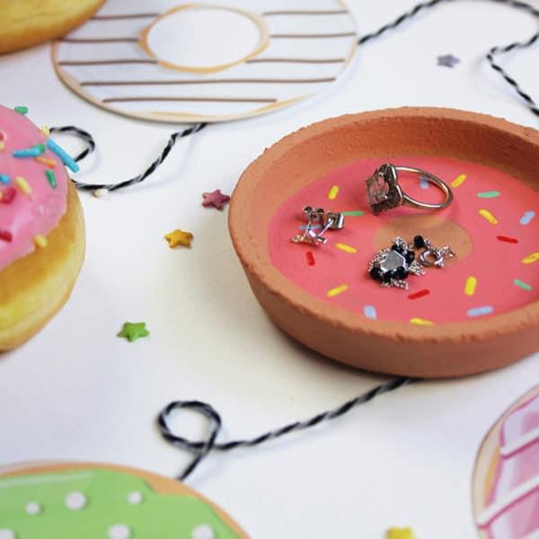 Het is vandaag nationale donutdag